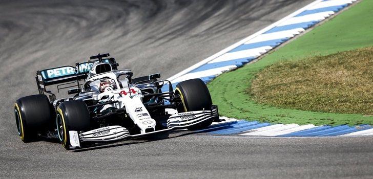 Hamilton, durante los Libres 2 del GP de Alemania 2019