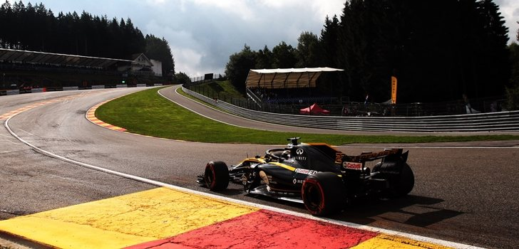 Nico Hülkenberg rueda en el circuito de Spa