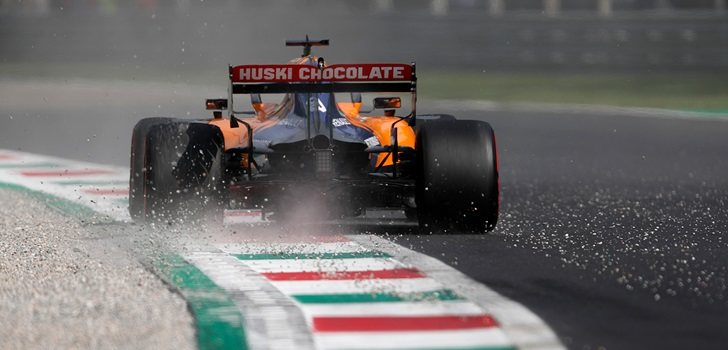 Sainz pisa la grava en Monza