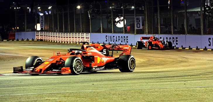 Sebastian Vettel y Charles Leclerc, en cabeza