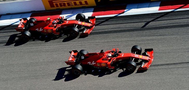Leclerc y Vettel luchan por posición en Sochi