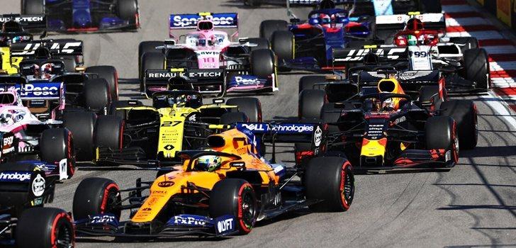 Los pilotos de F1, en la salida del GP de Rusia 2019