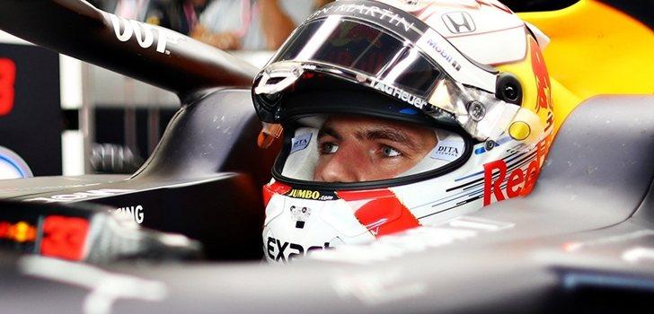 Verstappen, concentrado a los mandos del RB15