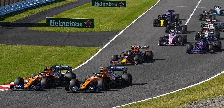 Sainz y Norris, en la salida del GP de Japón 2019