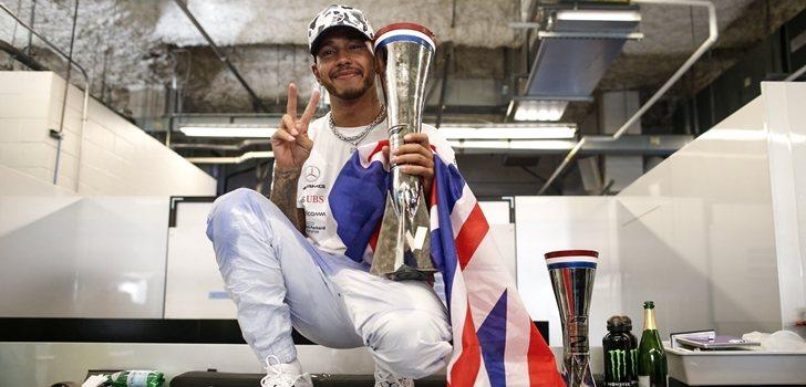 Lewis Hamilton celebra su sexto título