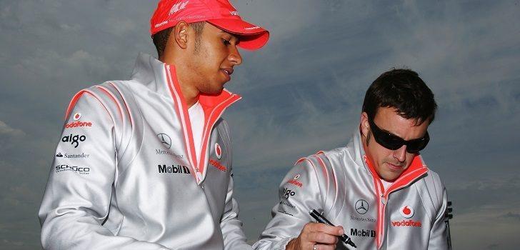 Hamilton y Alonso, en la temporada 2007