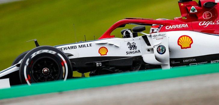 Kimi Raikkonen no ve diferencias entre Ferrari y Alfa Romeo