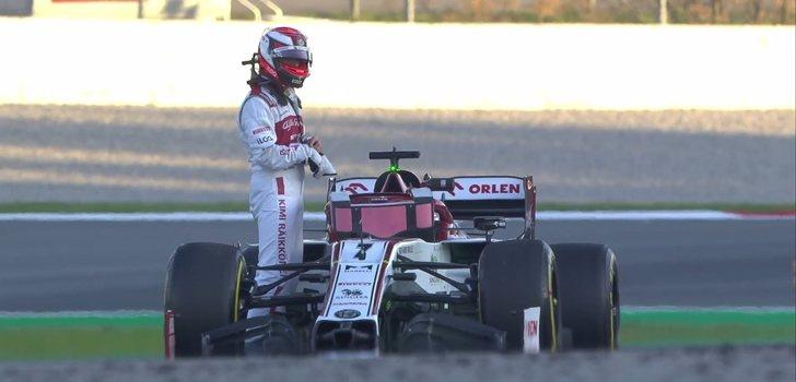 Kimi Räikkönen se queda parado en los test 2 de Barcelona