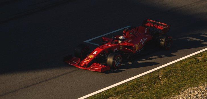 Vettel, durante la primera de test en Barcelona