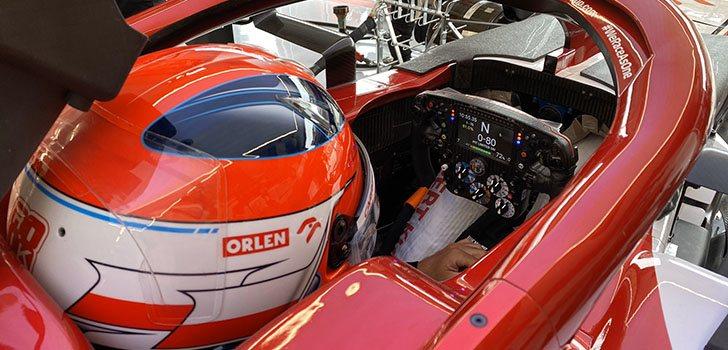 Robert Kubica regresa al volante del C39 en los Libres 1