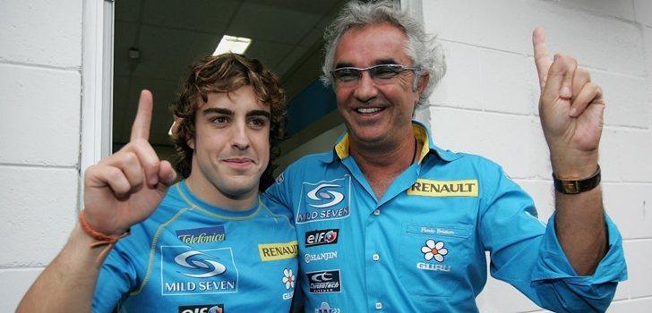 Alonso celebra su primer título junto a Briatore