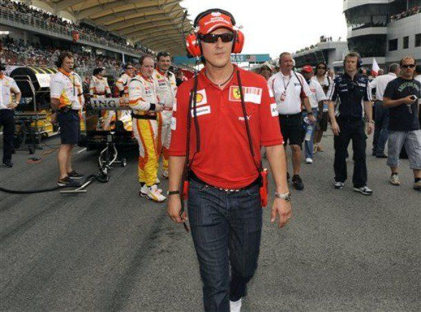 Schumacher no viajará con Ferrari a China y Bahrein 001_small