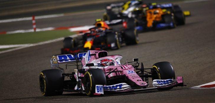 Pérez, en los primeros puestos en el GP de Baréin 2020