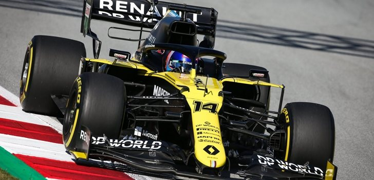 Alonso, a los mandos del RS20