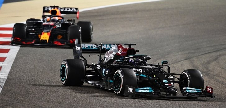 Verstappen y Hamilton, en el GP de Baréin