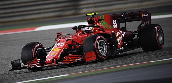 Carlos Sainz, satisfecho con la evolución de Ferrari