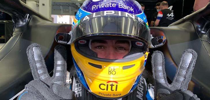 Fernando Alonso ha seguido compitiendo, defiende Pedro de la Rosa