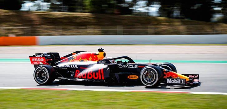 Max Verstappen, satisfecho con la primer día en Barcelona