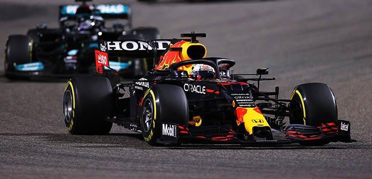 Lewis Hamilton destaca el potencial de Verstappen y Bottas