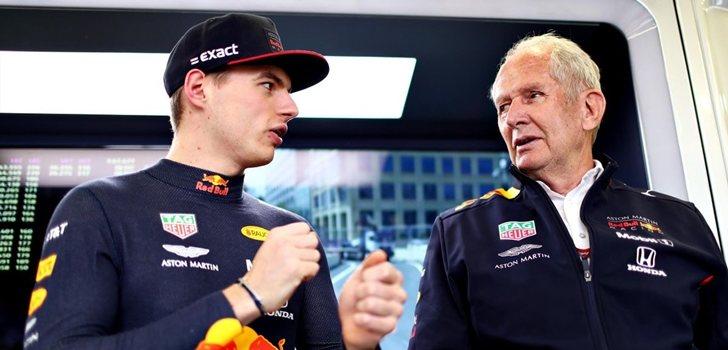 Verstappen, junto a Marko