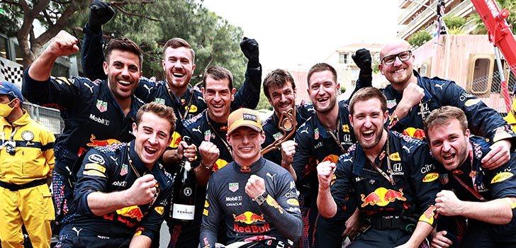 La victoria de Mónaco será un impulso para Verstappen, según Marko