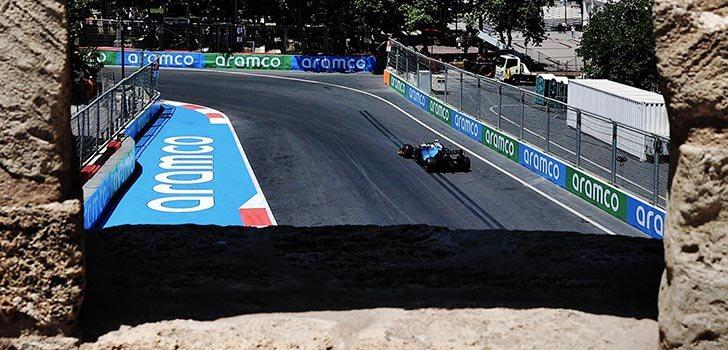 George Russell confía en llegar a Q2 en la clasificación de Bakú