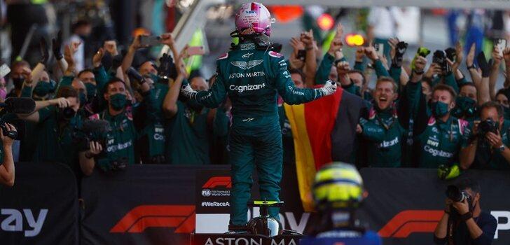 Vettel celebra su segundo puesto en Azerbaiyán