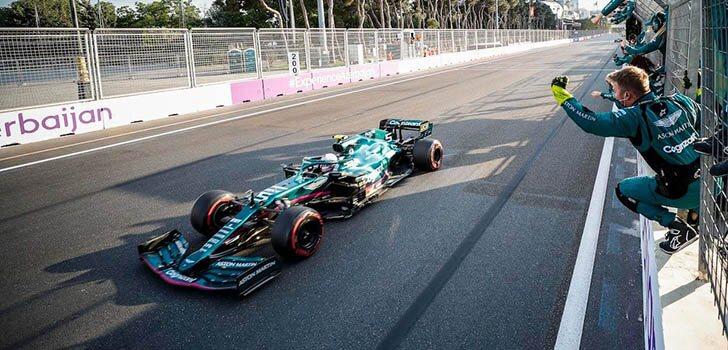 Ross Brawn apluade la evolución de Pérez y Vettel