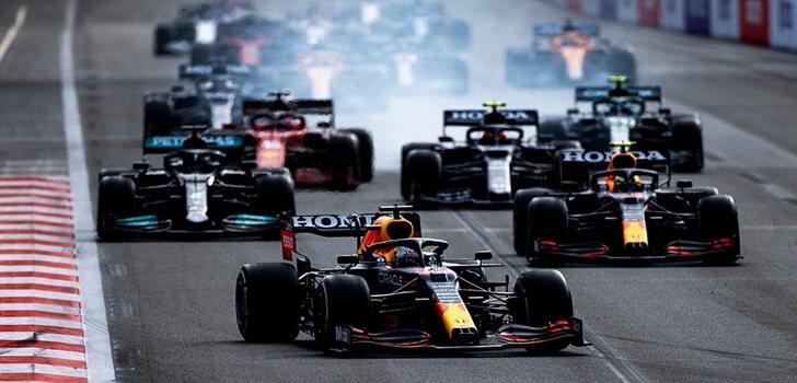 Los Red Bull, al frente en Bakú