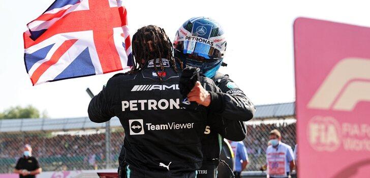 Hamilton y Bottas celebran su podio en Silverstone