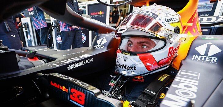 Verstappen, a los mandos del RB16B