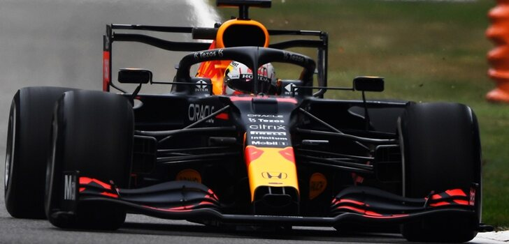 Verstappen rueda en Monza