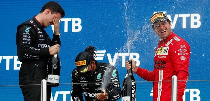 Sainz celebra su podio en Sochi