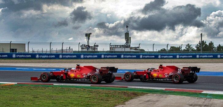 Leclerc y Sainz, juntos en pista