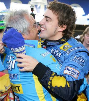 Renault asegura que Alonso está desesperado por volver