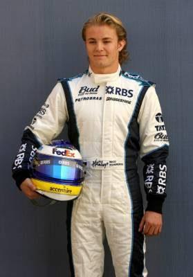 Nico Rosberg niega que vaya a cambiar de equipo