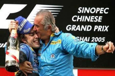 Flavio Briatore estudia la manera de recuperar al campeón