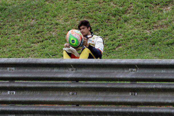 """Nelsinho Piquet no quiere """"correr para su padre"""""""