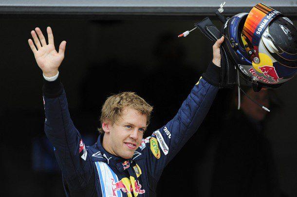 Vettel renueva dos años más con Red Bull