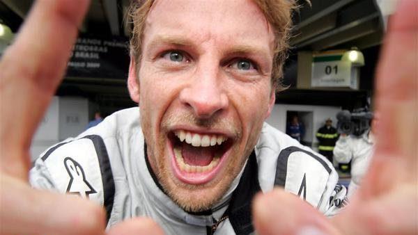 """Button: """"Soy campeón del mundo, baby!"""""""