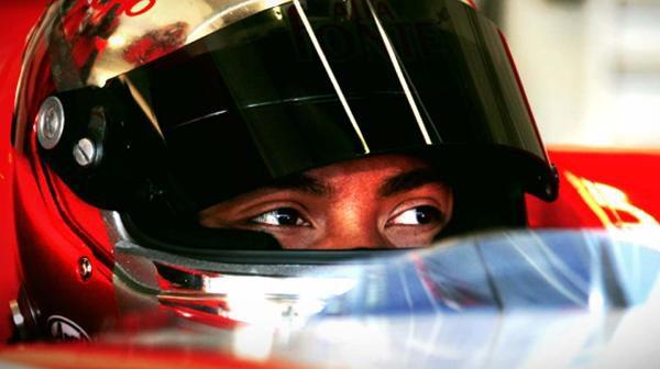 Lotus quiere pilotos con experiencia Fairuz Fauzy sera probador 001_small