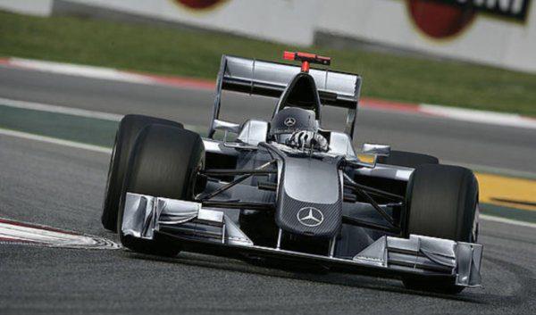 Mercedes compra Brawn GP