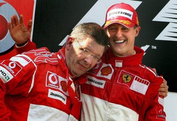 Ecclestone dice que Schumacher ganará el Mundial de 2010 001_small