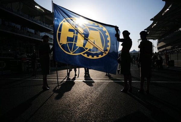 La FIA avisa de que emprenderá acciones en el caso Briatore 001_small