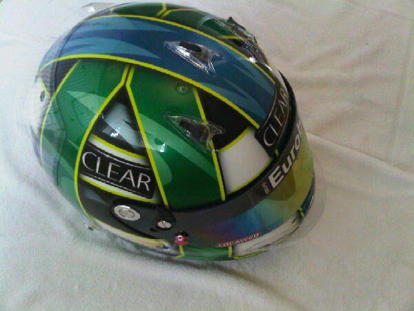 Di Grassi nos enseña su nuevo casco