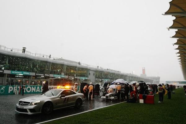 El GP de Malasia se adelantará una hora 001_small