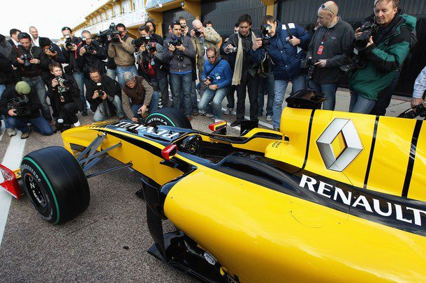 Renault presenta el R30 011_small
