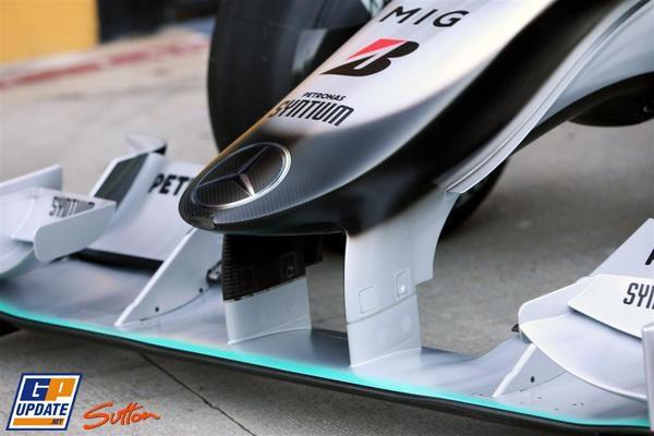 Mercedes presenta el W01 008_small