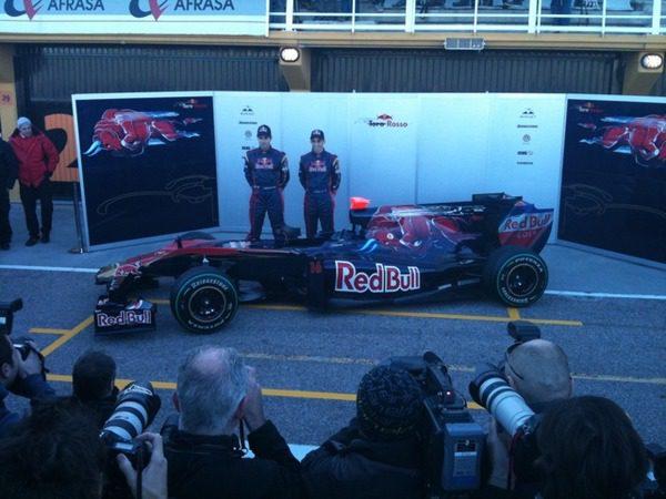 Toro Rosso presenta el STR5 001_small