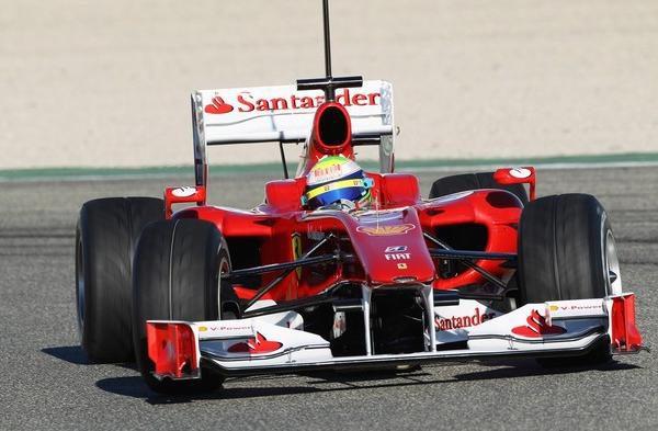 Massa y Ferrari lideran los tiempos en Cheste